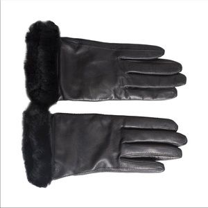 UGG Classic Leather Black Gloves